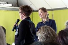 Une intervenante et Claire Tutenuit, Présidente du Ruban Vert